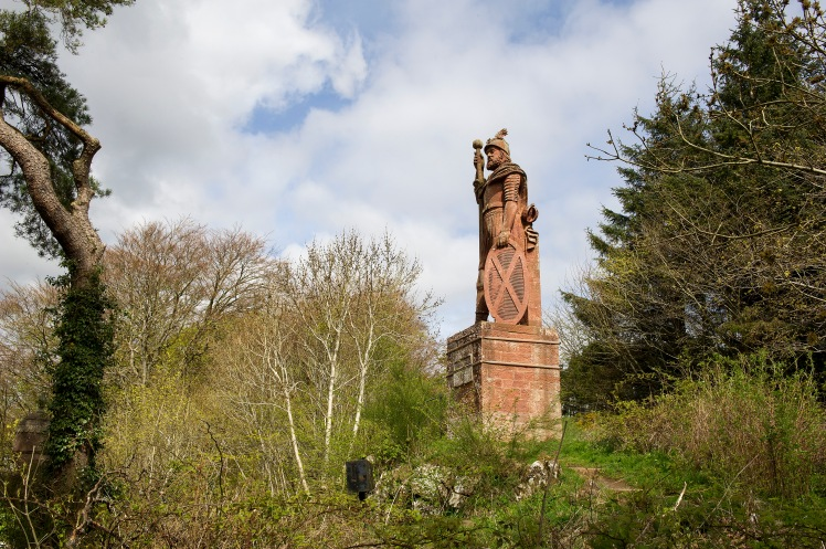 The William Wallace Statue in the grounds of the Bemersyde estate, near Melrose  © VisitScotland / Ian Rutherford, all rights reserved
